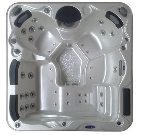 Evolution Spas luxury and ecological spa jacuzzi